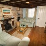 Sunset Cottage Lounge