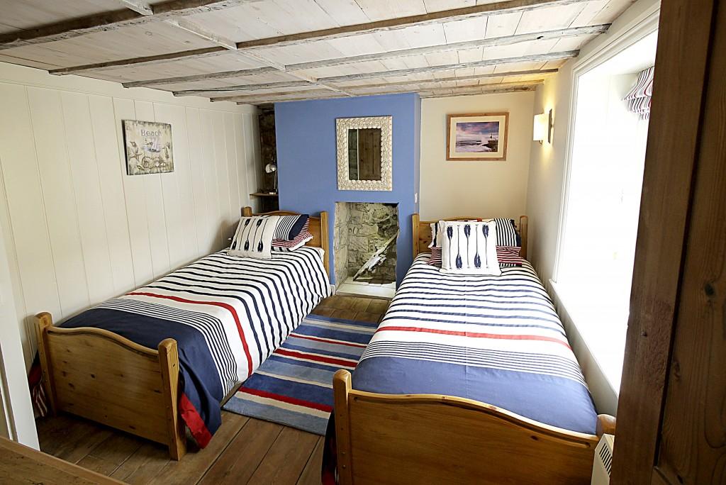 Sea Dog Twin Bedroom